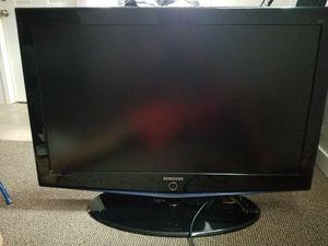 SAMSUNG 40 inch TV for Sale in Tukwila, WA