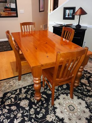 Table for Sale in Sammamish, WA