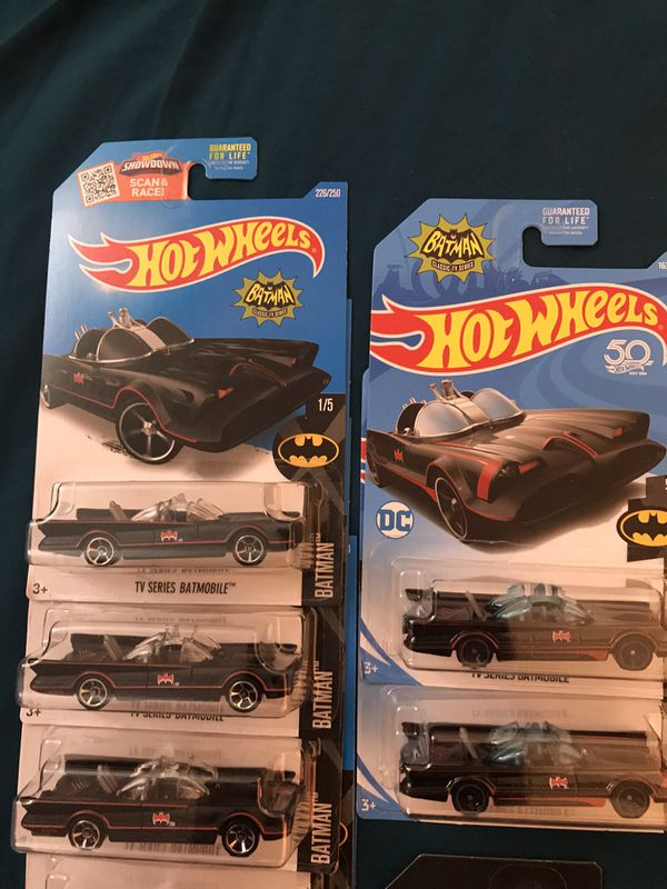 Hot wheels Batman/ Captain America