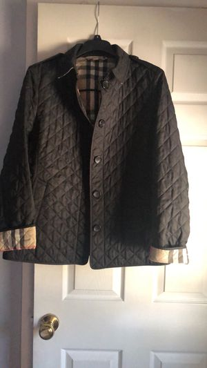 Burberry coat size XL original for Sale in Palatine, IL