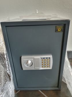 Security Safe Digital Safe and 2 Keys Depository Door Box Brand New Boxed - 1.8 Cubic Feet for Sale in Las Vegas,  NV