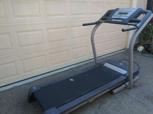 Nordictrack treadmill 12 mph 12 % incline air fan for Sale in Los Angeles, CA