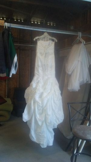 David's Bridal size 2 for Sale in Puyallup, WA