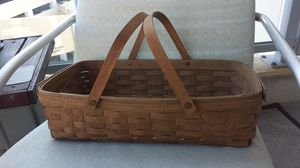 Longaberger handwoven gathering basket for Sale in Long Beach, CA