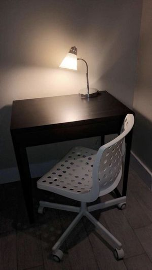 Desk, Chair & Lamp set for Sale in Queens, NY