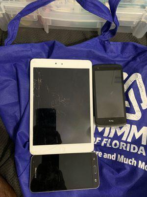 ipad mini/samsung galaxy j3/htc for Sale in Miami, FL