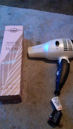 Blowdryer and hair straightener for Sale in San Bernardino, CA