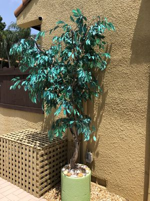 Fake ficus tree plant with custom heavy base for Sale in North Miami Beach, FL