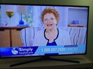 Samsung TV series 5 (50 inch) for Sale in Miami, FL