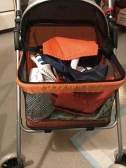 Cat/dog Stroller Brand New for Sale in Linden,  NJ