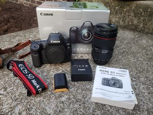 Canon EOS 5D Mark IV DSLR Camera with EF 24-105mm f/4L IS II USM Lens EUC – Mint Condition for Sale in Lexington, KY