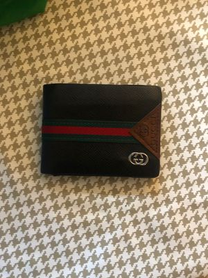 Gucci wallet for Sale in Manchester, CT