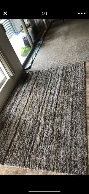 Area rug for 30$ size 5*7 for Sale in Bellevue, WA