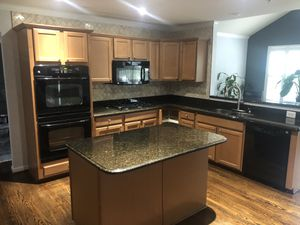 Black GE Kitchen Appliance Package for Sale in UPPR MARLBORO, MD