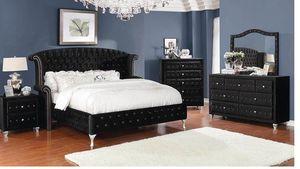 4-piece Queen Bedroom Set Black for Sale in Naples, FL