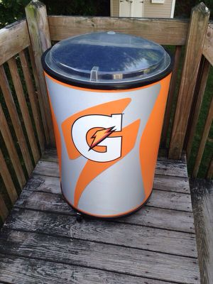 Gatorade cooler.. for Sale in West Haven, CT