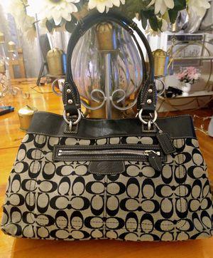 Coach purse, handbag ,tote, satchel for Sale in Los Angeles, CA