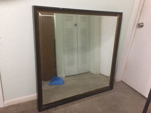 Large wall mirror. for Sale in Miami, FL