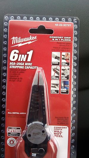 Milwaukee Comfort Grip 6 in 1 Pliers 8GA-20GA Wire Stripping Capacity Brand New for Sale in Brooklyn, OH