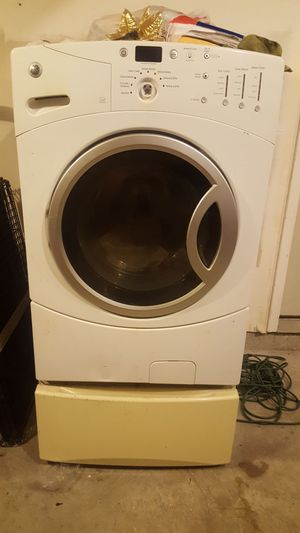 GE High efficiency washer and dryer for Sale in Alexandria, VA