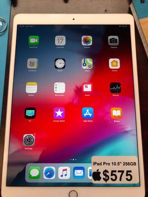 iPad Pro 2nd Gen. 10.5 inch 128GB $575$ for Sale in Arlington, VA