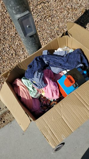 Free baby clothes for Sale in Laveen Village, AZ