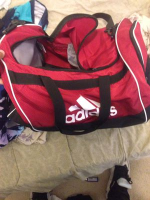 Adidas duffle bag for Sale in Fort Washington, MD