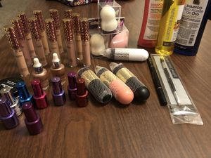 Todo nuevo!! Makeup for Sale in Houston, TX