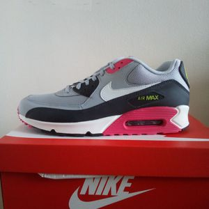 Air Max 90 Essential Sizes 10, 11 & 11.5 Brand New for Sale in Brooklyn, NY