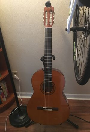 Yamaha C40 Guitar for Sale in Tampa, FL