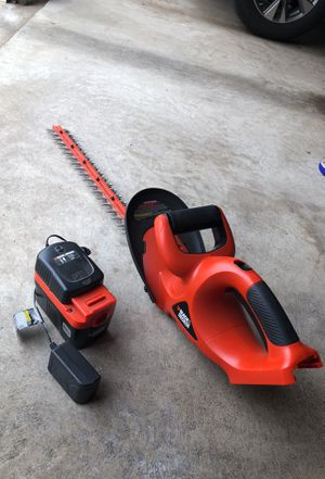 """Hedge Trimmer 22"""" with battery for Sale in Ashburn, VA"""