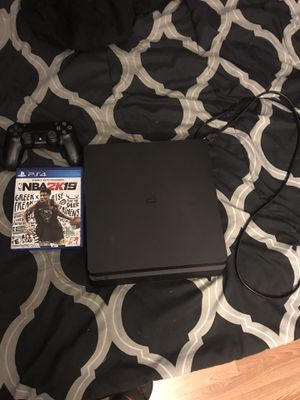 PS4 slim 500gb w/2k19 for Sale in Houston, TX