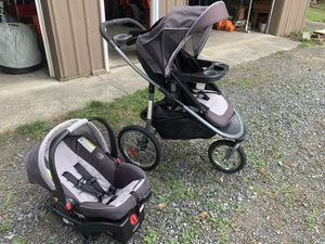 Graco Jogging Stroller & Car Seat Travel System for Sale in Snohomish, WA