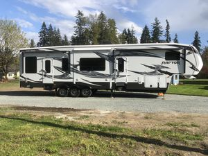 2012 raptor toy hauler for Sale in Snohomish, WA