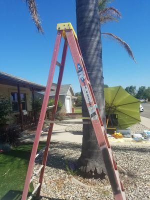 8 foot ladder 300 lbs.capacity for Sale in Santa Maria, CA