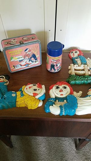 Raggedy Ann & Andy metal Lunch Box & Thermos Vintage 1973 Eall Hanging lot for Sale in Cincinnati, OH