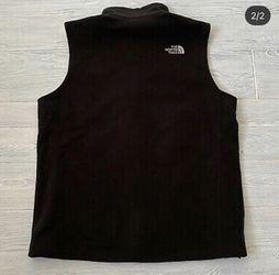 NORTHFACE Vest large 50 Bucks Obo for Sale in Annandale,  VA