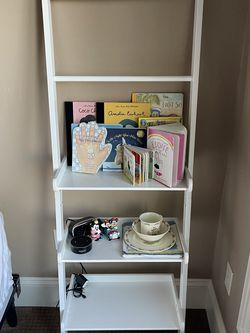 White Leaning Book Shelf for Sale in Lake Oswego,  OR