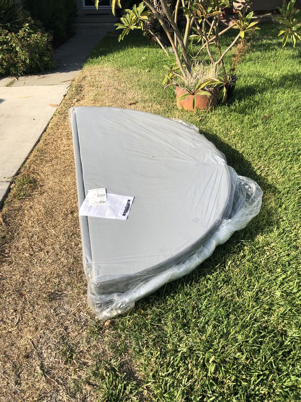 Spa Hot tub Jacuzzi New 78 inch Round cover Gray in color Still in plastic
