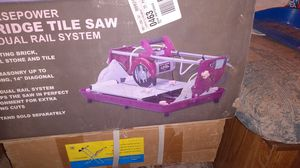 "Chicago electric 1.5 hp 7"" bridge tile saw with dual rail syatem for Sale in San Antonio, TX"