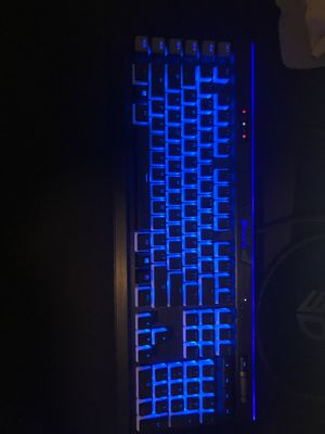 Corsair k95 keyboard with custom pbt keycaps. (Everything Works) for Sale in Lauderhill, FL