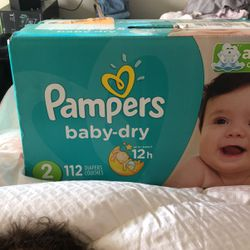 Size 2 Pampers for Sale in Fresno,  CA