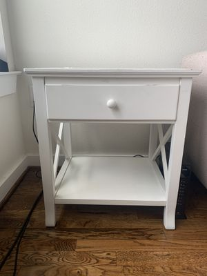 White Side Table for Sale in Houston, TX