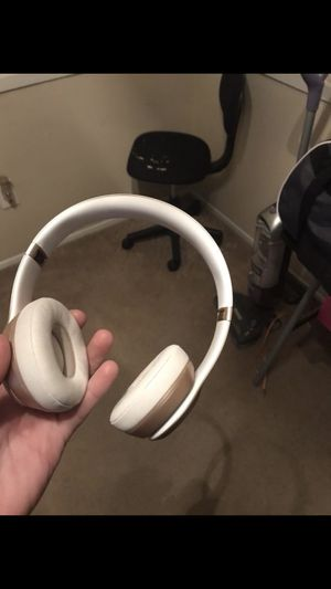 Beats solo 2 for Sale in Flower Mound, TX