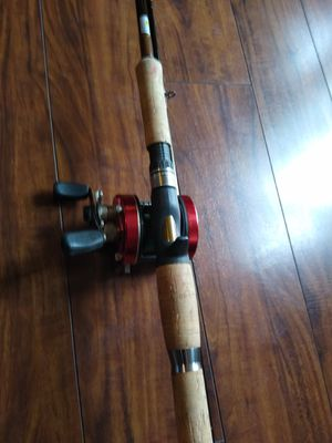 Salmon, stealhead,Tica fishing rod 9' 12-25 lbs test, with Daiwa right handed reel. for Sale in Hillsboro, OR
