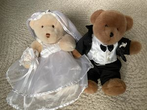 Collectible WEDDING BRIDE & GROOM TEDDY BEARS for Sale in Federal Way, WA
