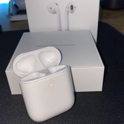 Airpods CASE ONLY for Sale in Damascus,  OR