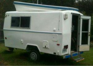 Vintage camper 4 sale (not a pic of actual camper. for Sale in Elizabethton, TN