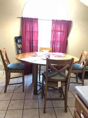 Dining table for Sale in Murray, KY