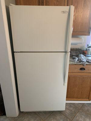 Whirlpool Refrigerator Freezer for Sale in St. Petersburg, FL